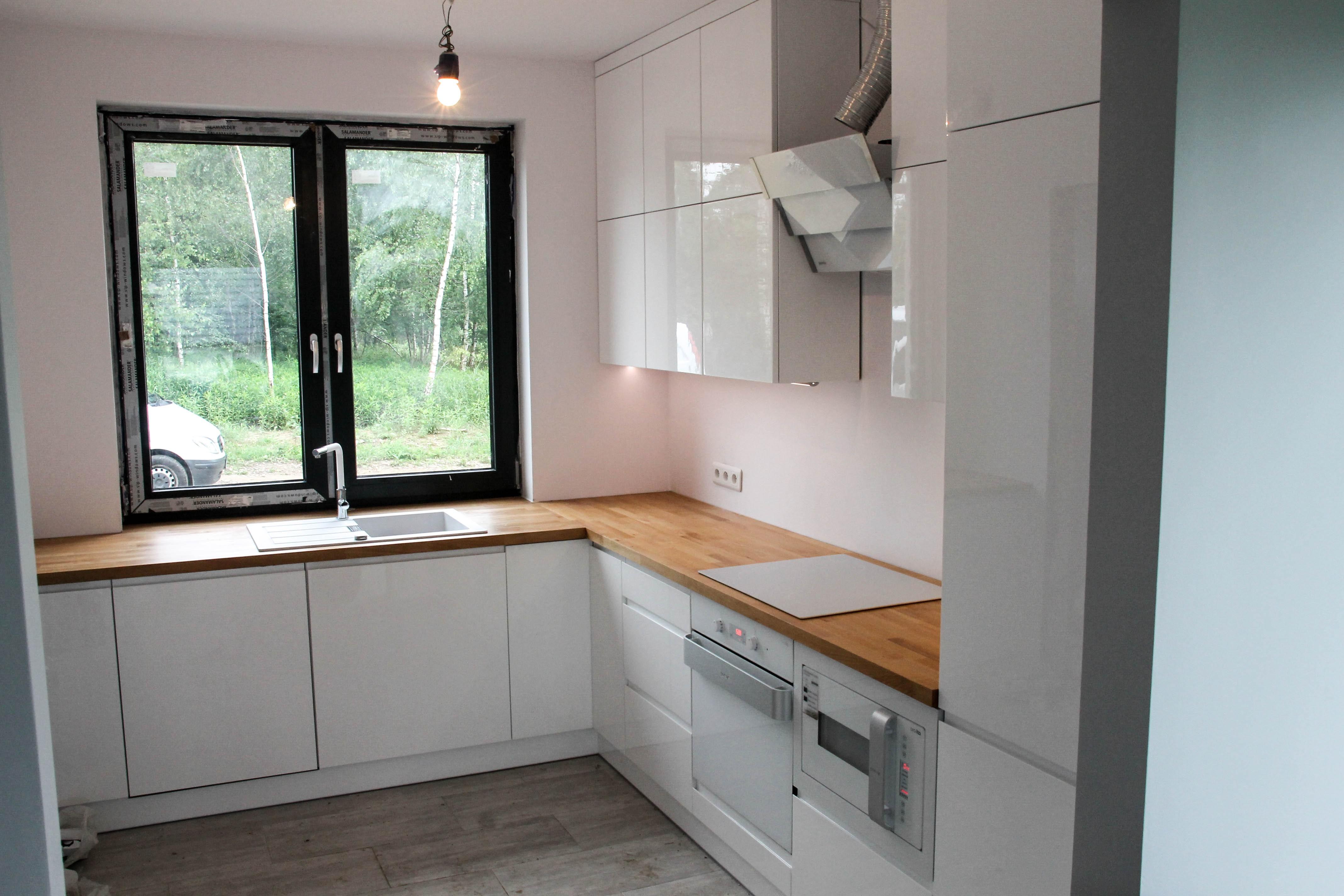 Meble łazienkowe i kuchenne, kuchnie na wymiar -> Kuchnia Drewniany Blat